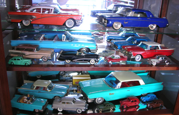Japanese Toy Companies : Japanese post ww larger tinplate toys